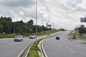 02 - DSC_0185Avenida Tiradentes é uma das principais vias de acesso à cidade de Itu - Antonio Rafael Júnior